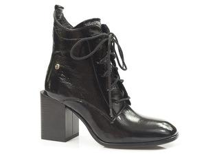 Buty damskie lakierowane botki Maciejka 05303